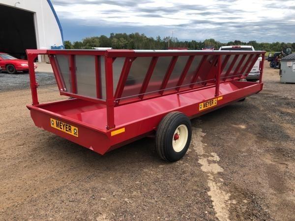 Meyer P240 Feed Wagon