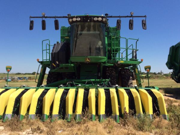 2015 John Deere CS690 Cotton
