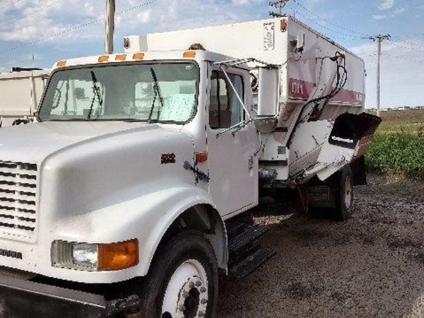 2000 Harsh 575 Grinders and Mixer