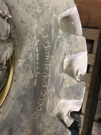 2019 John Deere BLV10599 BLV10600 Wheels / Tires / Track