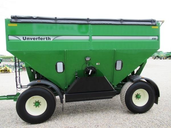 2019 Unverferth 530 Gravity Wagon