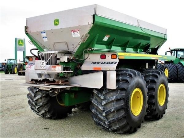 2012 John Deere DN345 Pull-Type Fertilizer Spreader