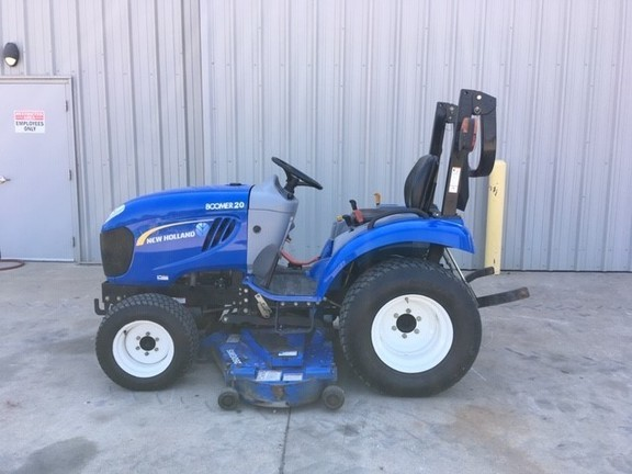 New Holland Boomer 20 Tractor