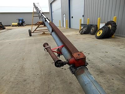 Hutchinson 8x65 Augers and Conveyor