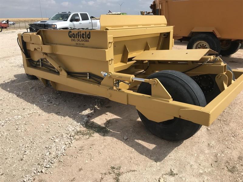 Garfield 550 Scraper