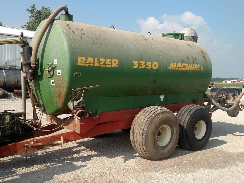 Balzer 3350 Magnum Manure Spreader