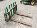 2000 Frontier AL13 Loader and Skid Steer Attachment