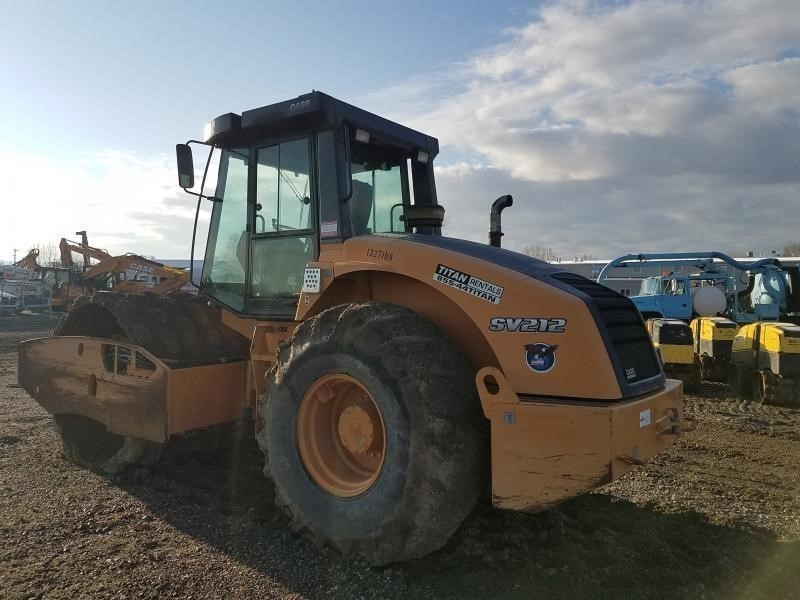 2012 Case SV212 Compacting and Paving