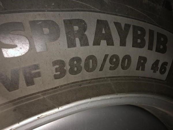 2013 Case IH Patriot 4430 Self-Propelled Sprayer
