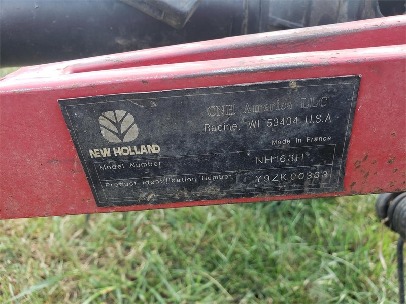New Holland 163H Tedder