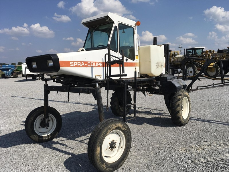 Spra-Coupe 230 Self-Propelled Sprayer