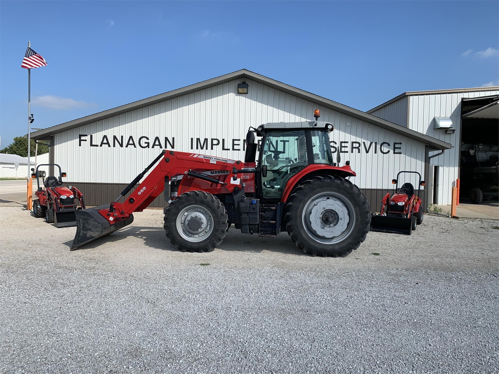 2013 Massey Ferguson 7618 DYNA-VT Tractor
