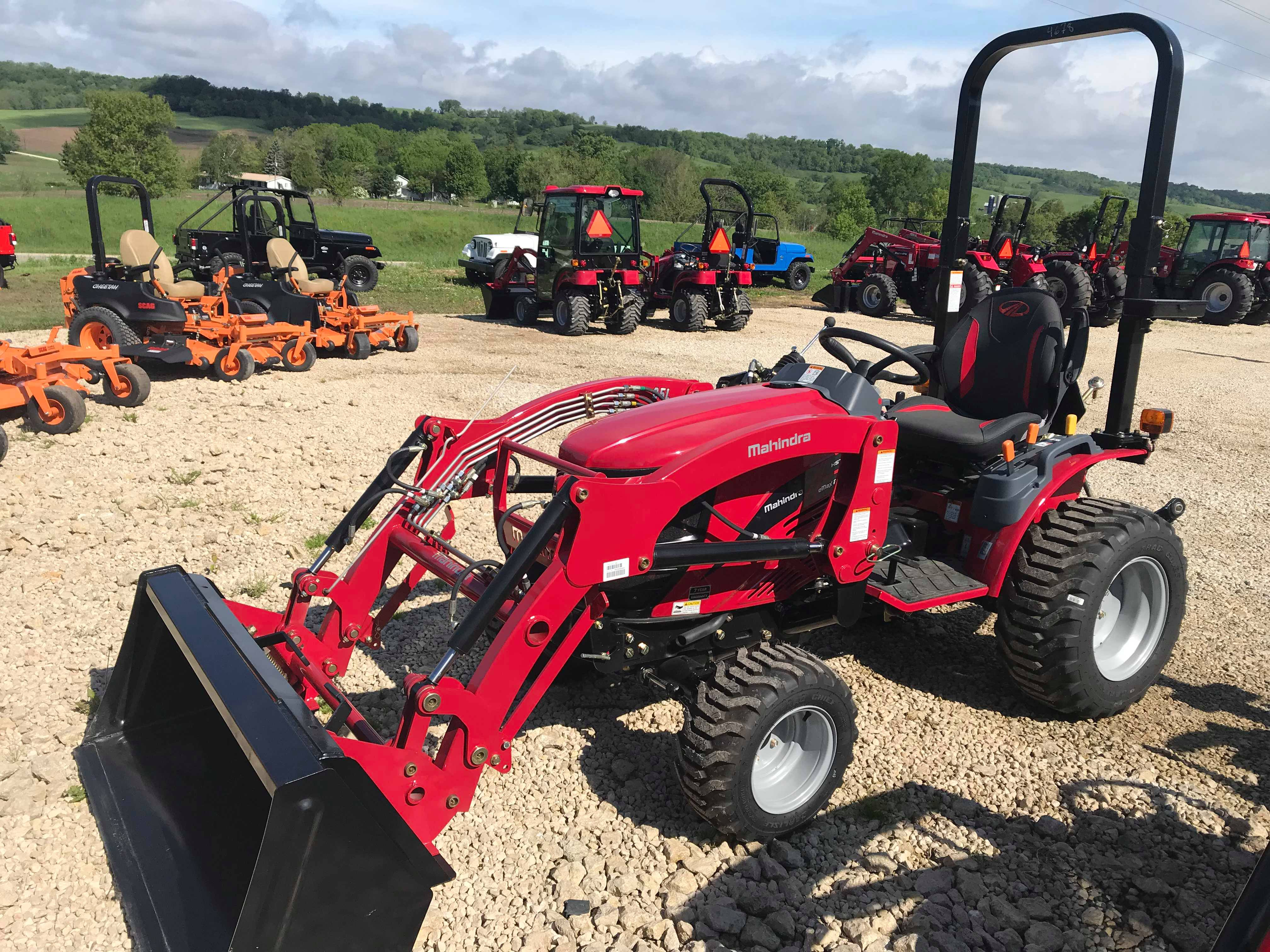 2019 Mahindra EMAX 22 HST Tractor