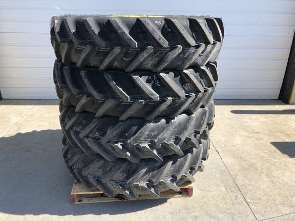 2018 Michelin 380/80R38 TIRES Wheels / Tires / Track