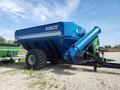 2012 Kinze 900 Grain Cart