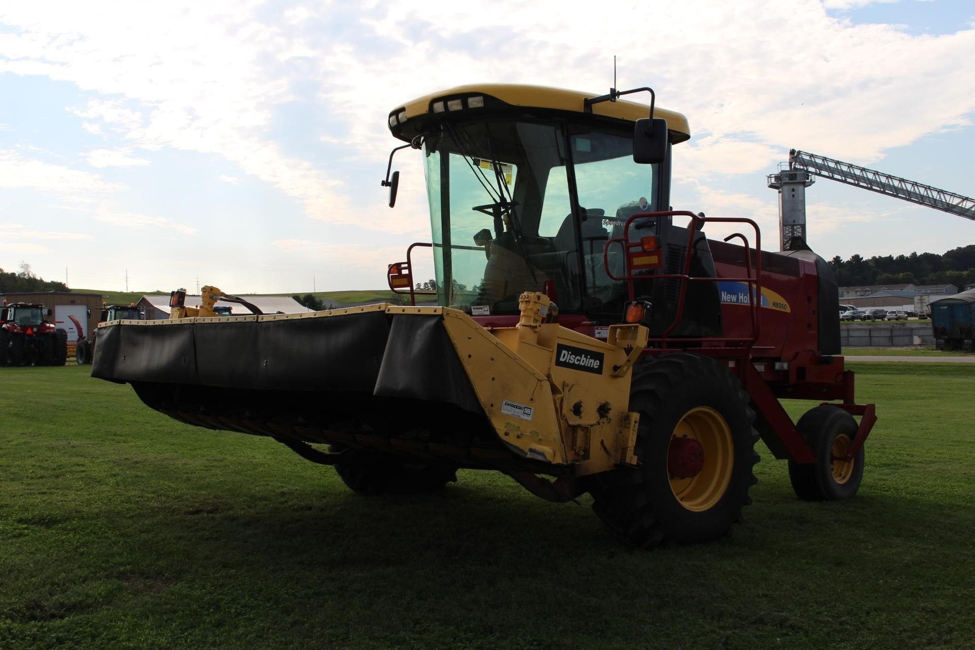 2010 New Holland H8060 Self-Propelled Windrowers and Swather