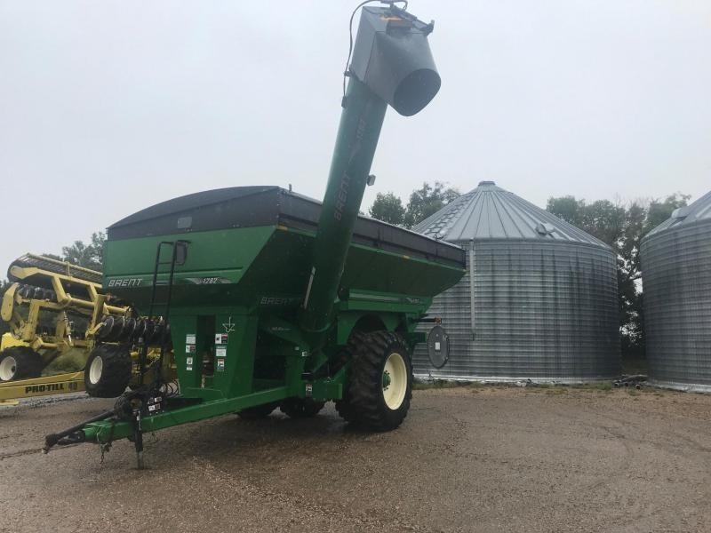 2010 Brent 1282 Grain Cart