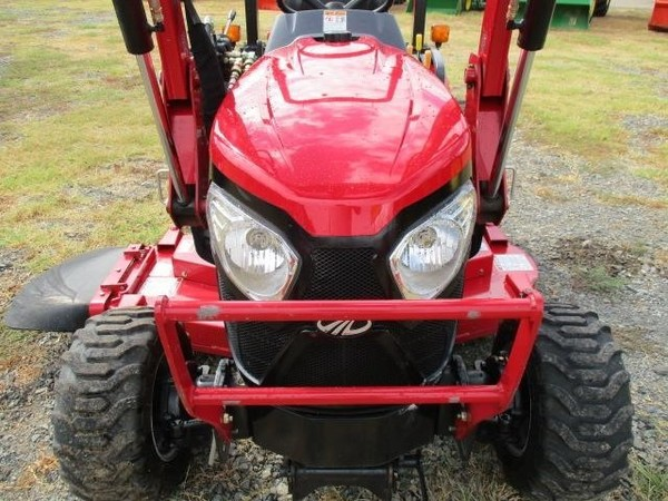 Mahindra EMAX 25 HST Tractor
