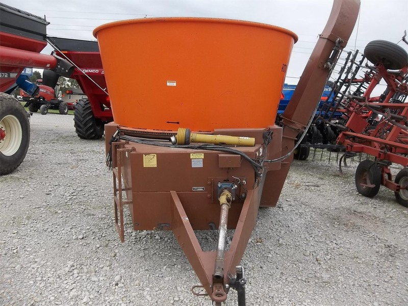 2012 Roto Grind 1090 Grinders and Mixer