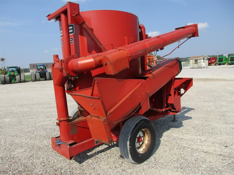 1981 Owatonna Manufacturing 432 Grinders and Mixer