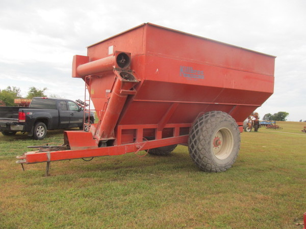 1978 Killbros 1200 Grain Cart