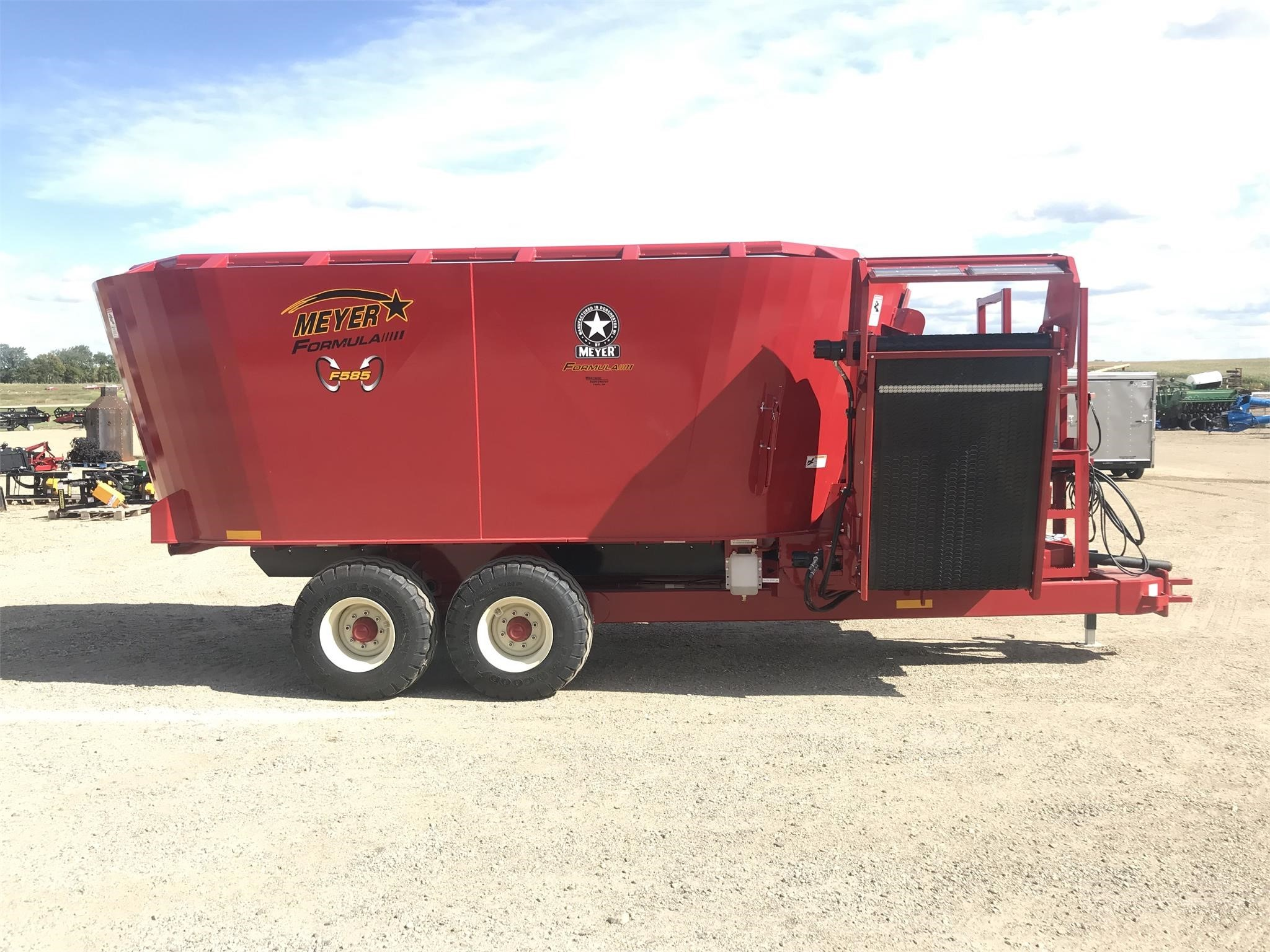 2019 Meyer F585 Grinders and Mixer