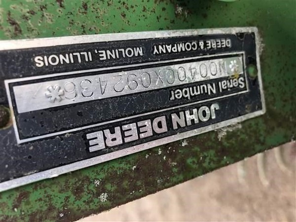 John Deere 400 Grain Cleaner