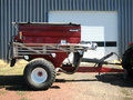 2009 Valmar 5500 Pull-Type Fertilizer Spreader