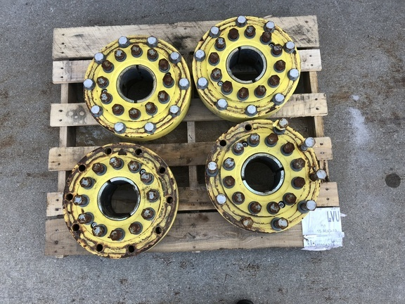 2015 John Deere Hubs Wheels / Tires / Track