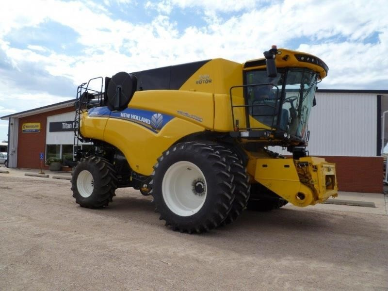 2019 New Holland CR980 Combine