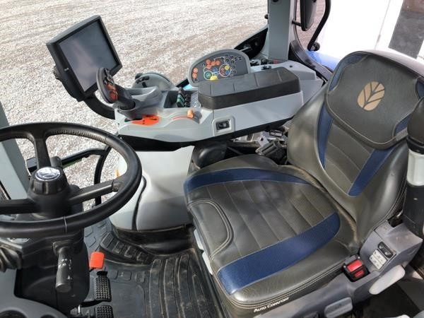 2015 New Holland T7.260 Tractor