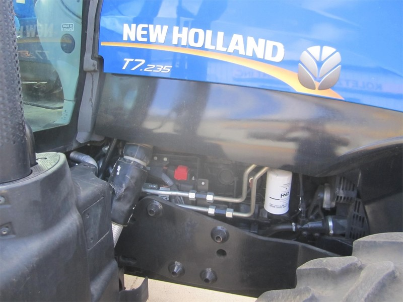 2014 New Holland T7.235 Tractor