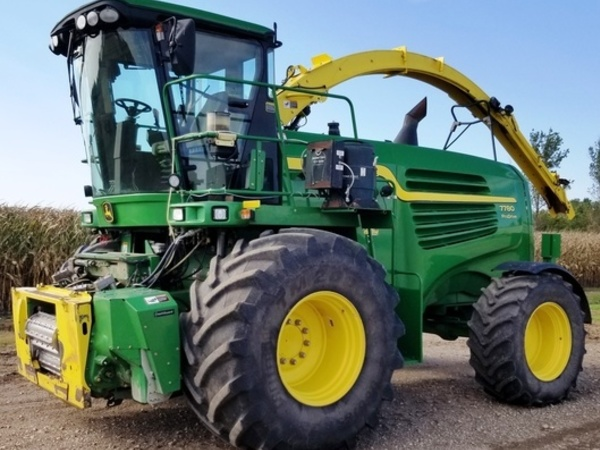 2013 John Deere 7780 Self-Propelled Forage Harvester