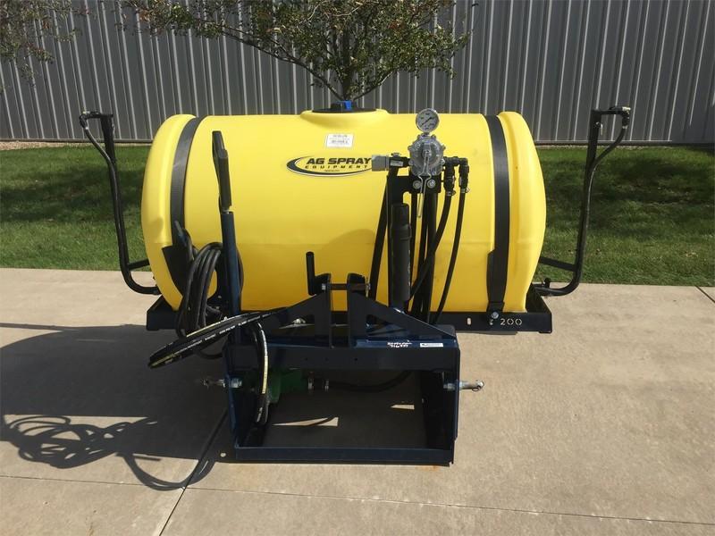 2018 Ag Spray Equipment RM200 Pull-Type Sprayer