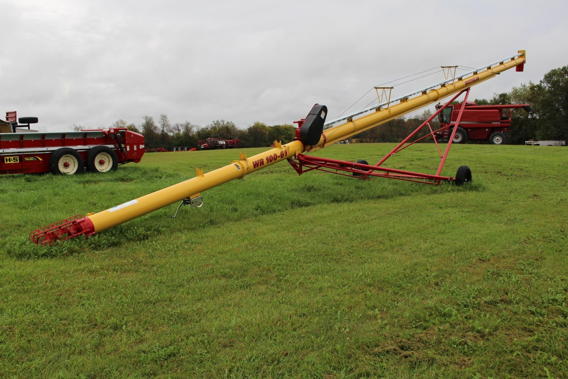 2018 Westfield WR100-61 Augers and Conveyor