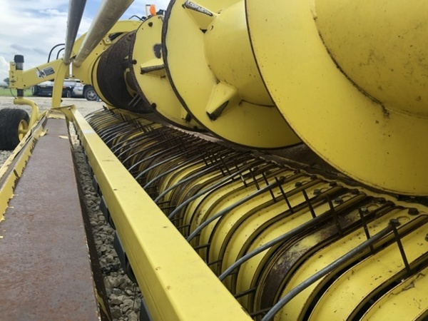 2011 John Deere 645C Forage Harvester Head