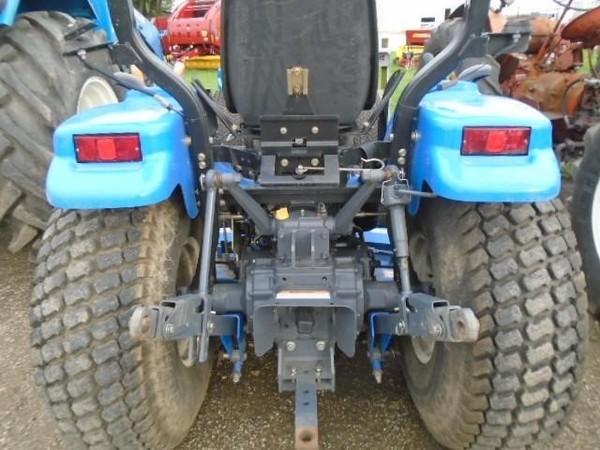 2000 New Holland TC33D Tractor