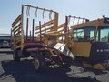 2008 New Holland H9880 Bale Wagons and Trailer