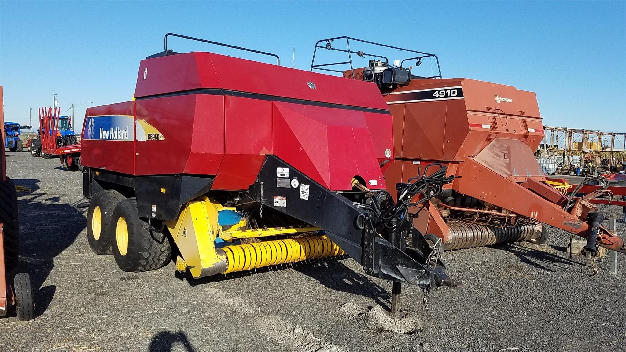 2008 New Holland BB960A Big Square Baler