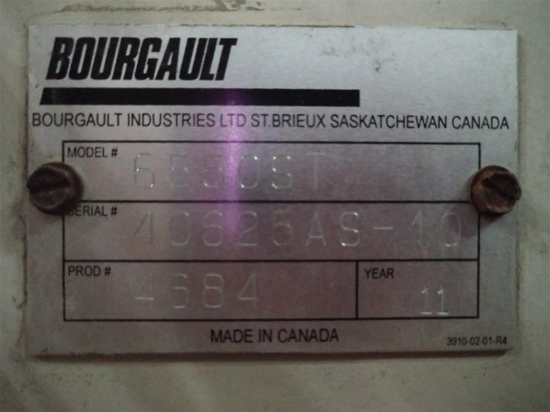 2011 Bourgault 3310PHD Air Seeder