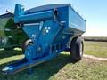 1996 Kinze 640 Grain Cart