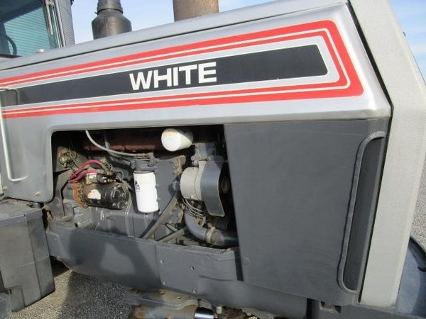 1988 White 160 Tractor
