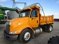 2006 International 8600 Semi Truck