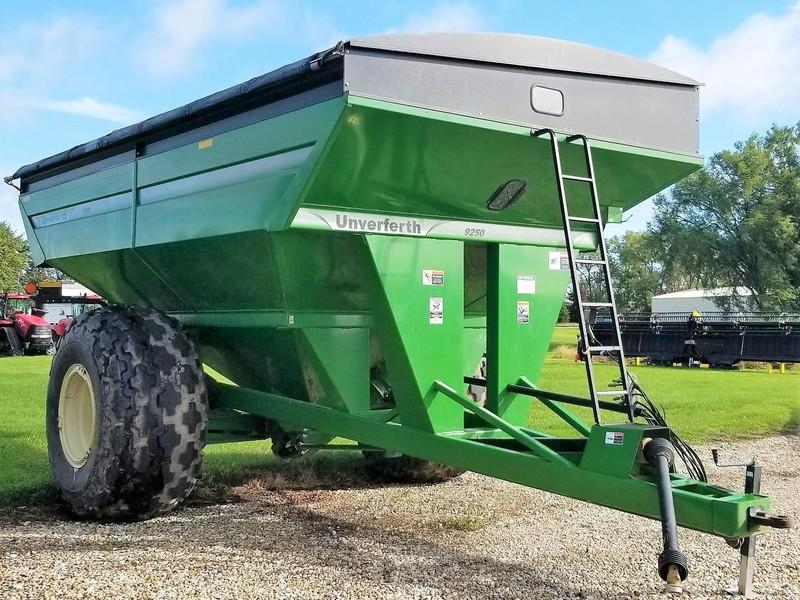 2009 Unverferth 9250 Grain Cart