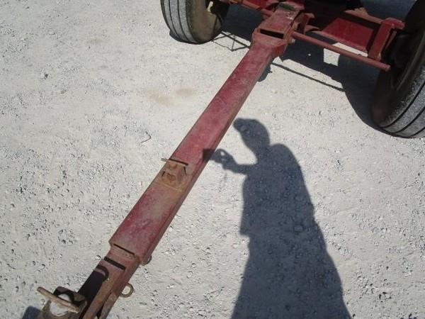 M&W 400 Gravity Wagon