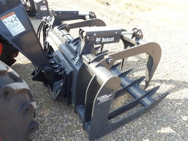 2018 Bobcat RG82 Loader and Skid Steer Attachment