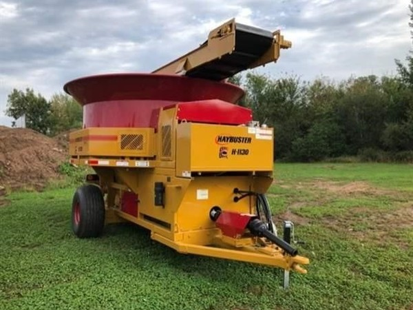 2019 Haybuster H1130 Grinders and Mixer
