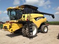 2007 New Holland CR940 Combine