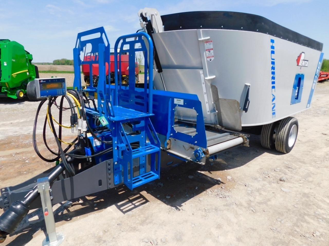2018 Penta 6030 Feed Wagon