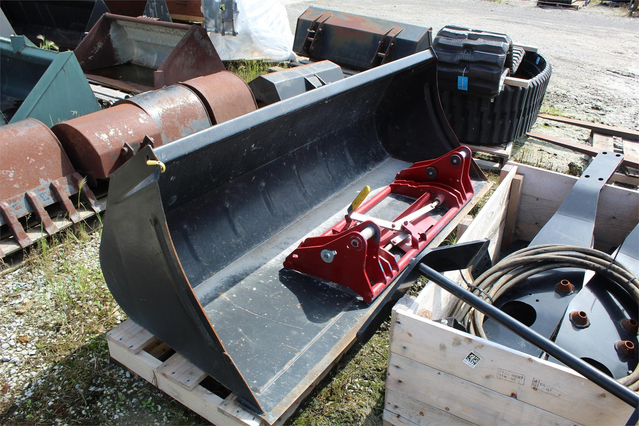 """Case 80"""" Loader and Skid Steer Attachment"""